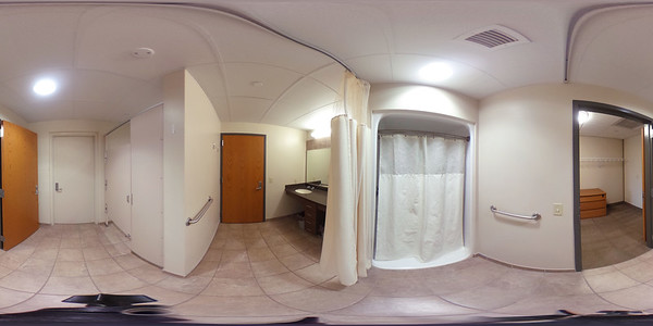 2020 UWL 360 Res Hall Eagle Bathroom