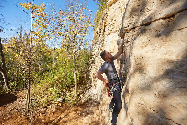2020 UWL Fall Rock Climbers Grandad Bluff 0070