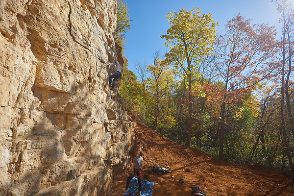 2020 UWL Fall Rock Climbers Grandad Bluff 0141