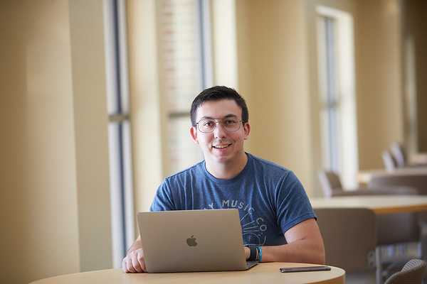 2020 UWL Matt Vehlow Student Support Services 0012