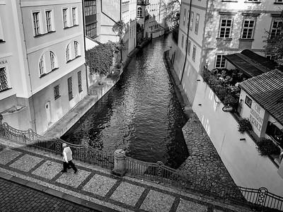 Prague Pedestrian-Lorraine Shannon PSA Score 11