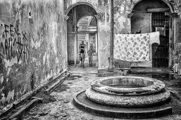 Old House in Havana- PSA Score 6