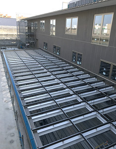 Support framework of the skylight above the elementary open hub.