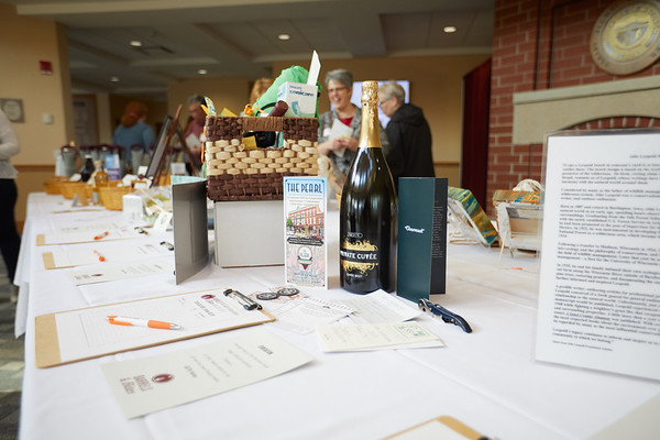 2019 UWL Spring Barrels and Bites Alumni Association 0024