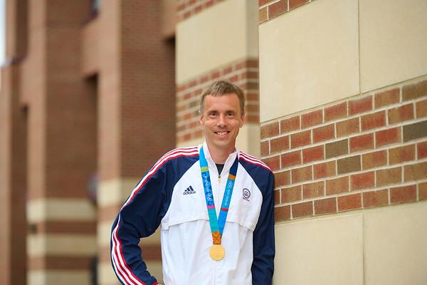2021 UWL Andrew Rock Olympic Gold Medalist 0128