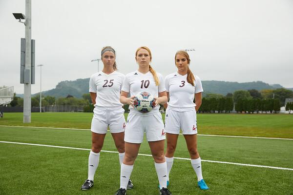 2018 UWL Womens Soccer Team 0039