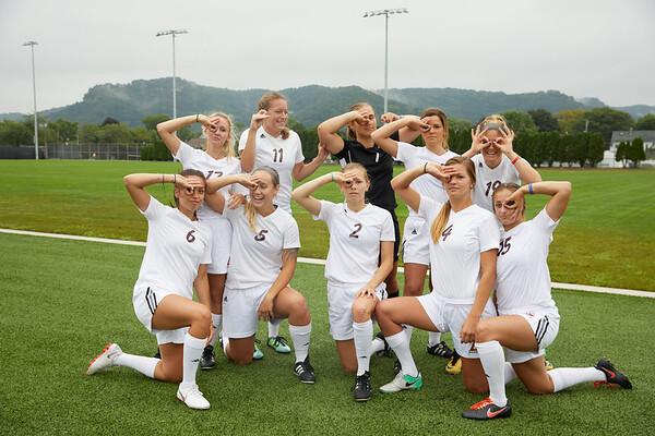 2018 UWL Womens Soccer Team 0082
