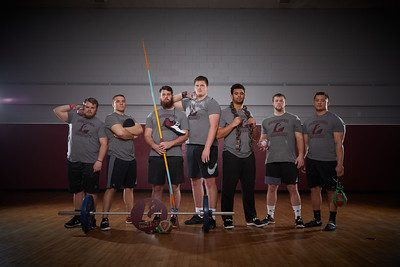 2018 UWL Fall Men's Track Team Throwers 0009