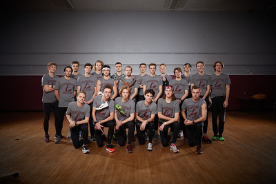 2018 UWL Fall Men's Track Team Distance 0059