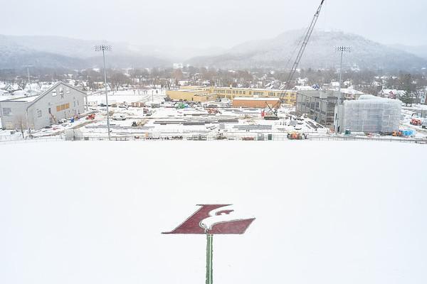 2021 UWL Snow Shoveling Track Eagle L logo 0023