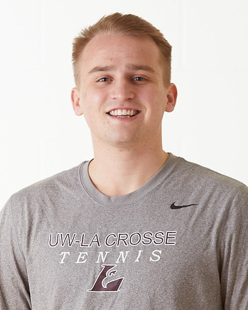 2021 UWL Tennis Team Headshots 0007