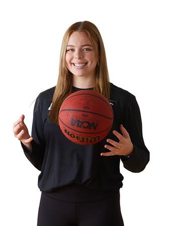 2021 UWL Womens Basketball Headshots 0024