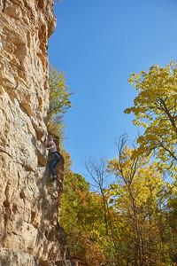 2020 UWL Fall Rock Climbers Grandad Bluff 0153