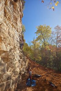 2020 UWL Fall Rock Climbers Grandad Bluff 0143