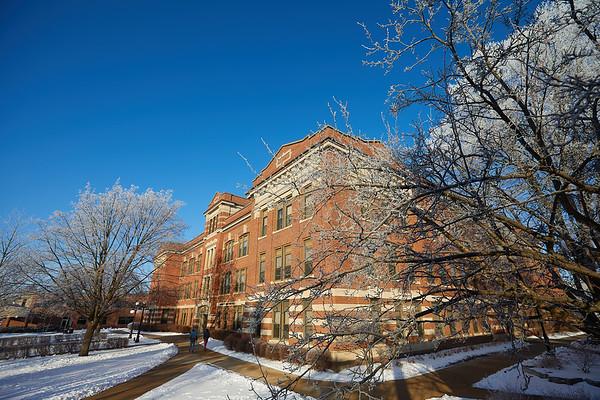 2021 UWL Rime Frost Snow Campus Bluffs 0096