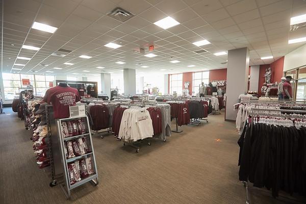 2020 UWL Student Union Bookstore0017