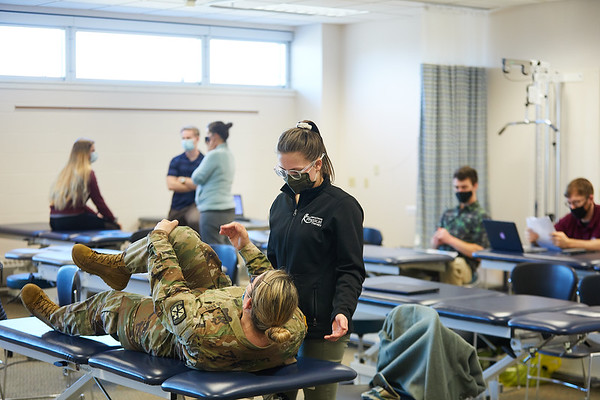 2021 UWL Physical Therapy Hanni Cowley ROTC Partnership 0021