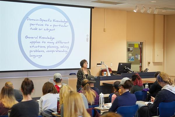 2018 UWL Fall Psychology Faculty Teaching Mary Jo Snow