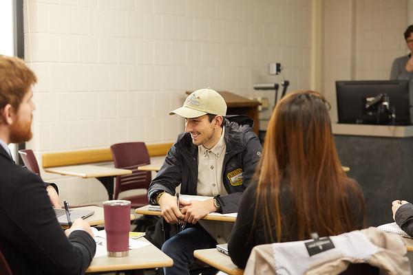 2019 UWL Graduate Studies Students Labs 0045