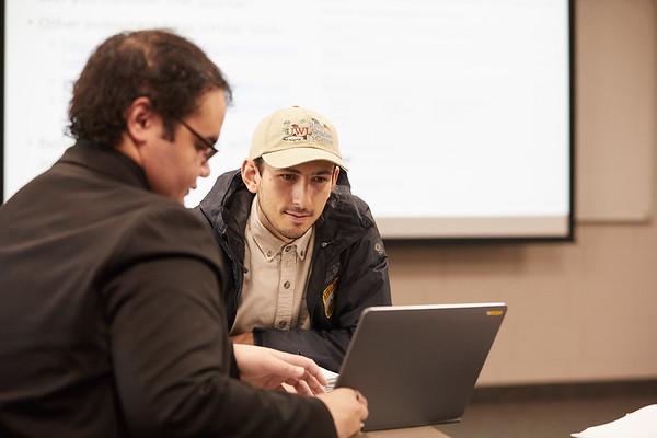 2019 UWL Graduate Studies Students Labs 0056