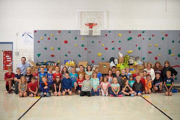 2018 UWL Donations to Coon Valley Elementary Flood 0068