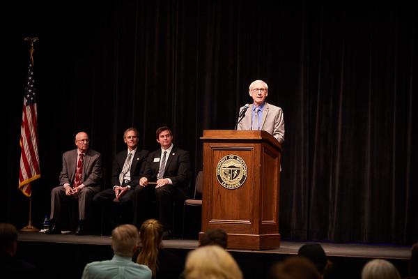 2019 UWL Tony Evers Higher Education Advocate Award 0097