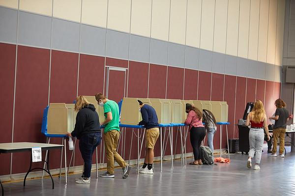 2020 UWL Fall Voting Mitchell Hall 0010