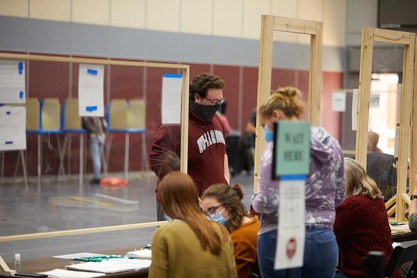 2020 UWL Fall Voting Mitchell Hall 0018 1