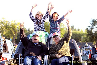 The Fans - Gord Bamford - Drive-In 8-20 325