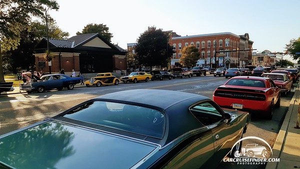 Small Town Cruise In Perry Square Erie PA 9-3-2020