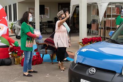 2020_Christmas Drive-Thru_028