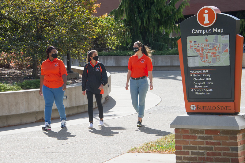 Campus scenics with students at SUNY Buffalo State College.
