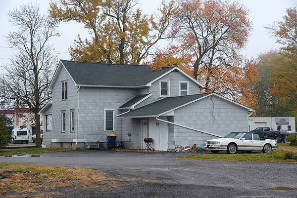 201019 Shooting House 3<br /> James Neiss/staff photographer <br /> Lockport, NY - A man was shot to death during a party at 43 South Niagara Street in Lockport.