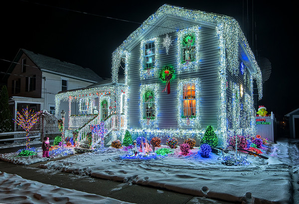 201202 Christmas Lights<br /> James Neiss/staff photographer <br /> Lockport, NY - 54 Maple is all aglow with holiday cheer.