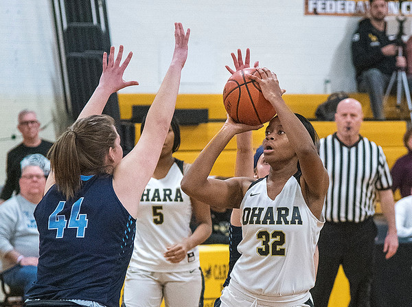 James Neiss/staff photographer <br /> Tonawanda, NY - Cardinal O'Hara girls basketball player Amelia Strong from Niagara Falls eyes up the basket during game action against St. Mary's.