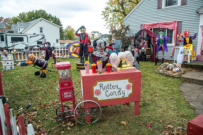 201020 Clown Yard 2