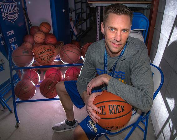 200228 Coach Bill Beilein 1