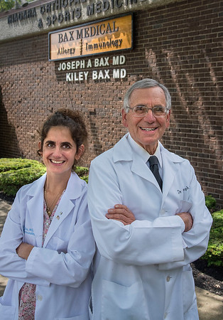 200803 New Practice<br /> James Neiss/staff photographer <br /> Niagara Falls, NY - Today was the first day on the job for Kiley Bax, MD who is now sharing an office with her father Joseph A. Bax MD at 700 Park Place.