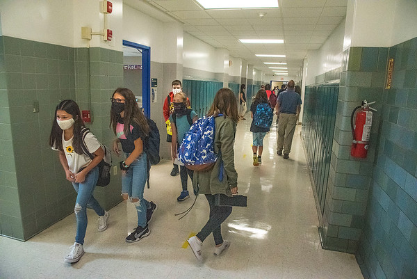 200908 LKPT Back to School 2<br /> James Neiss/staff photographer <br /> Lockport, NY - North Park Junior High students change classes on the first day of school.