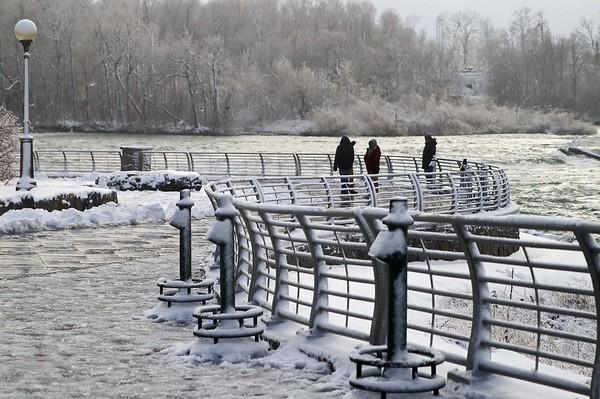201225 Frosty Falls 7