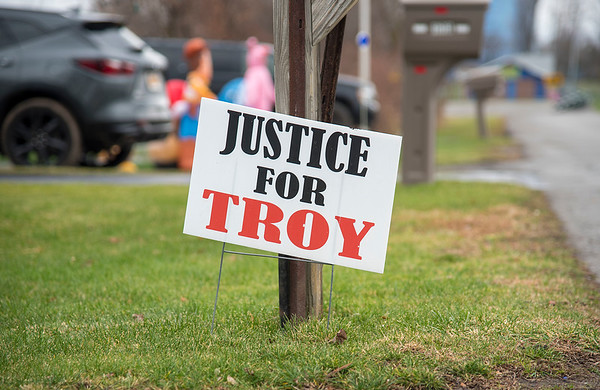 201204 Justice for Troy 2<br /> James Neiss/staff photographer <br /> Lockport, NY - A Justice For Troy sign in the lawn of a Passaic Avenue residence.