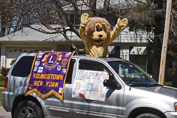 200424 Birthday parade 6