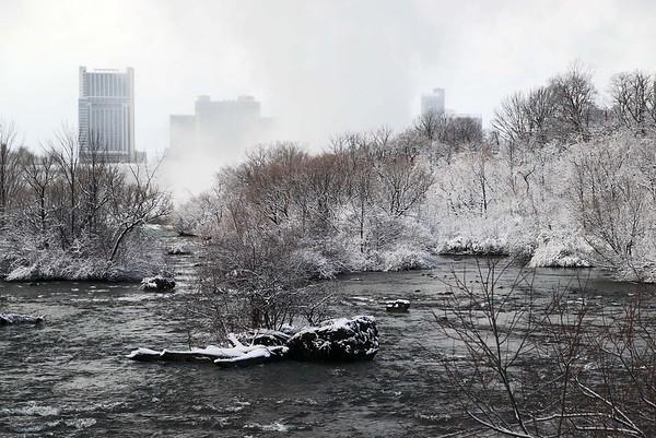 201225 Frosty Falls 4