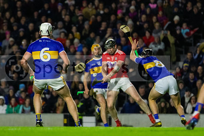 Cork's Damien Cahalane surrounded by Tipperary's Padraic Maher, Mark Kehoe and Alan Flynn