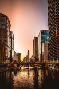 DA067,DT Chicago at Sunset