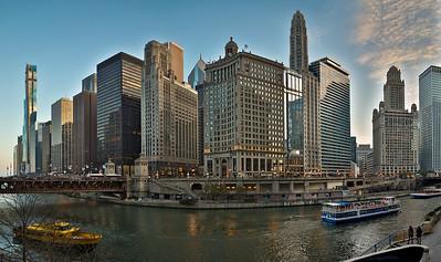 DA022,DT,Chicago river evening glow