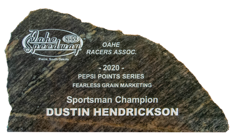 Dustin Hendrickson ~2020 Fearless Grain Marketing Sportsman Champion
