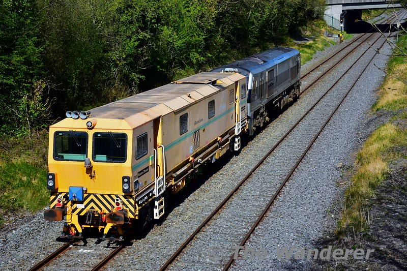 The Dynamic Track Stabiliser No. 710 which has been in storage at Cork Shed since August 2014 was moved to Portlaoise PWD Yard on Monday 20th April 2020. The movement left Cork at 1050 and was restricted to 25mph with frequent stops for examination purposes enroute to Portlaoise. 231 and 710 are seen at Clonkeen, outside Portlaoise with the 1050 Cork - Portlaoise PWD Yard, running 1 hour and 55 minutes early at this stage. Mon 20.04.20<br /> <br /> NOTE: Picture was taken while travelling for work purposes.