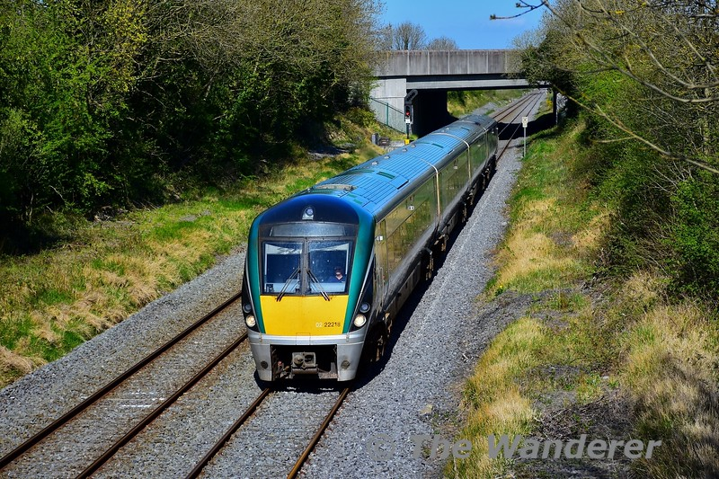 22018 passes Clonkeen with the 1500 Heuston - Cork. Mon 20.04.20<br /> <br /> NOTE: Picture was taken while travelling for work purposes.