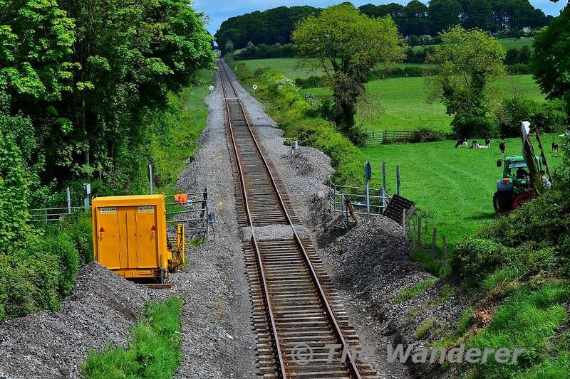 The track which is to be replaced between the 26 & 28 mileposts have had their ballast removed already. Here is the view from OBN49 at Rathnaleen. Tues 19.05.20